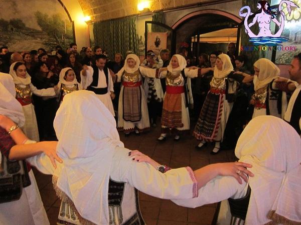 costume tradizionale greco attico