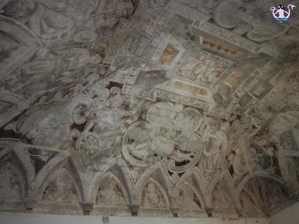 9 affreschi castello di secli
