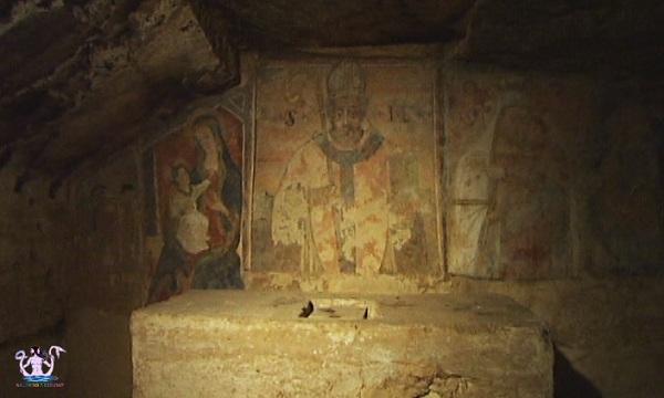 cripta di san mauro oria medievale 3