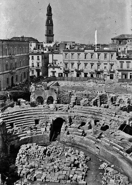 5 anfiteatro romano di lecce