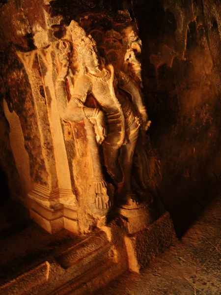 5 kailash temple india