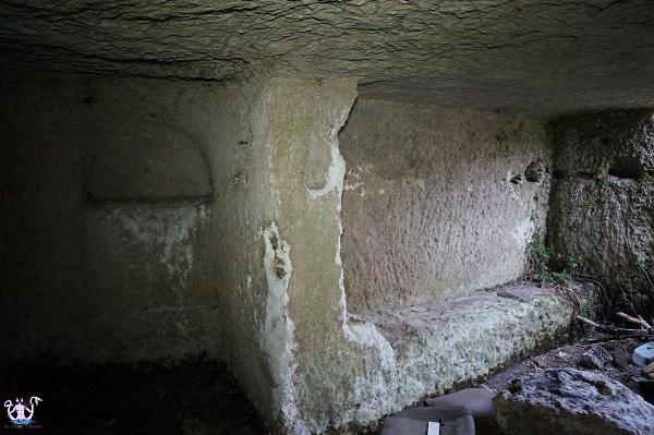 grotta sepolcro di muro leccese 8