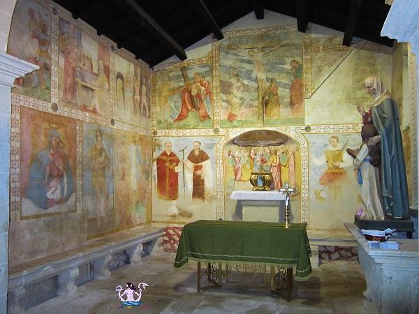 La chiesa di Sant'Anna a Specchia Gallone
