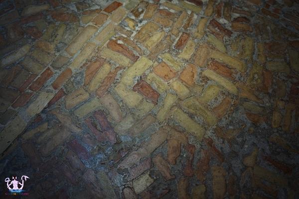pavimento a tessere romano