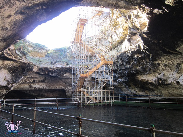 grotta della poesia 16