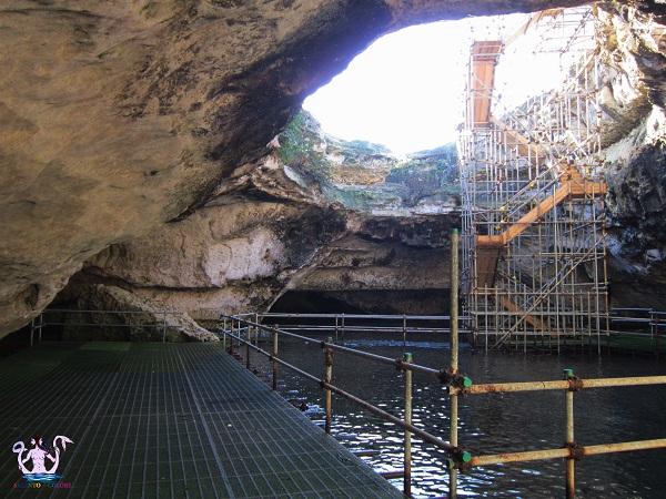 grotta della poesia 19