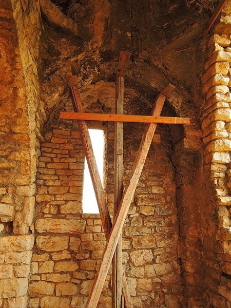 chiesa sant'apollinare 14