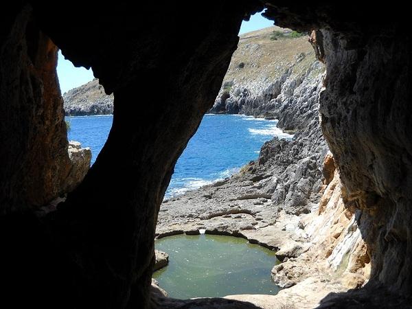 grotta delle striare 4