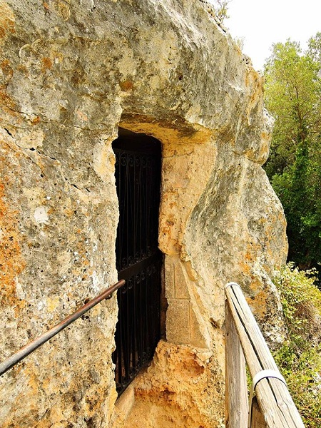 cripta di santa margherita a mottola 2