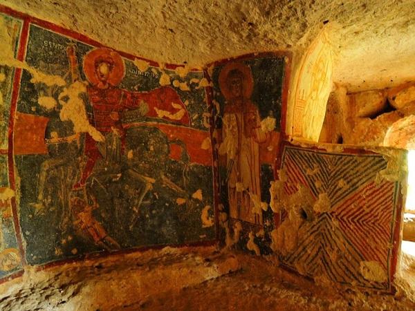 cripta di santa margherita a mottola 59
