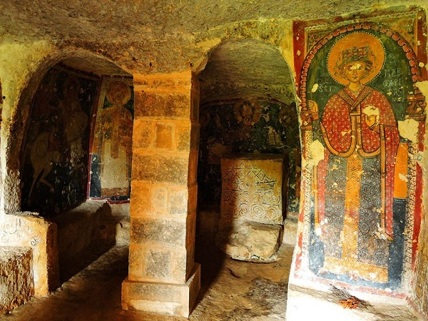 cripta di santa margherita a mottola 79