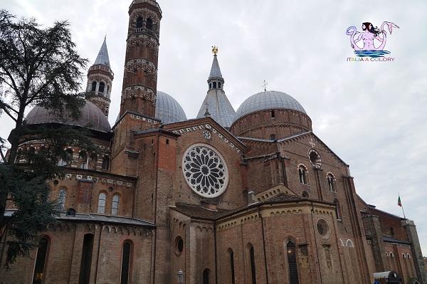 Fra Santi Poeti e Navigatori d'Italia sant'Antonio di Padova
