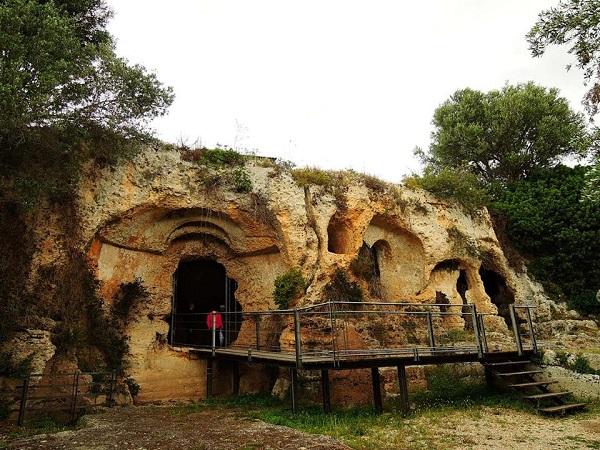 La chiesa rupestre di Lama d'Antico