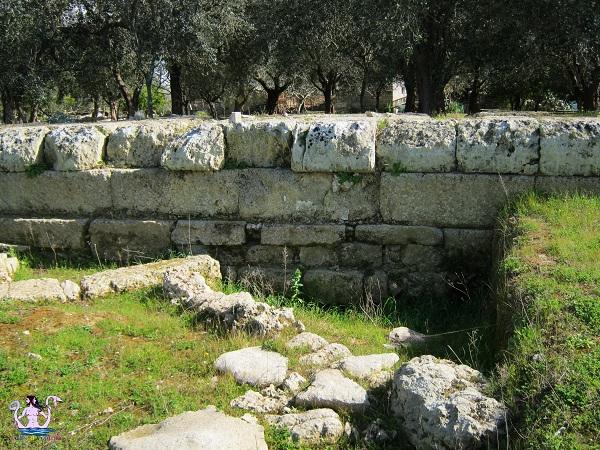 Muro Leccese, le mura messapiche.
