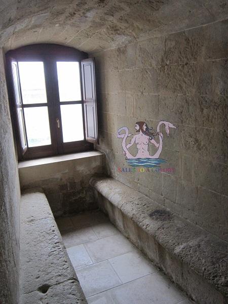 castello di acaya