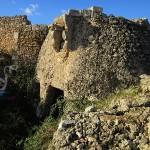 La fortezza nascosta fra gli olivi e le pietre