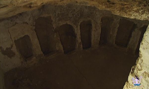 cripta di san mauro oria medievale 2