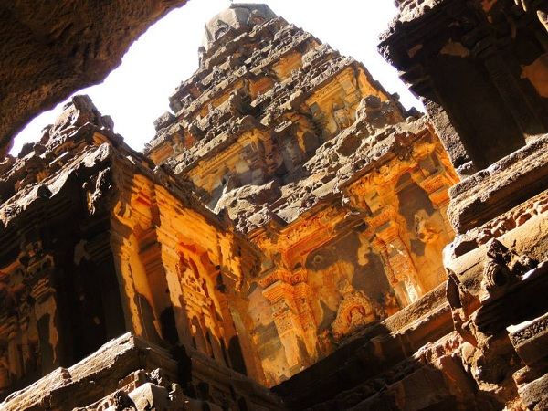 14 kailash temple india