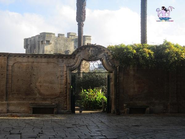 5 castello palazzo baronale di caprarica di lecce