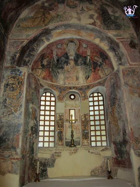 chiesa di san pietro a otranto 11
