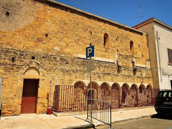chiesa di santa lucia a brindisi 18