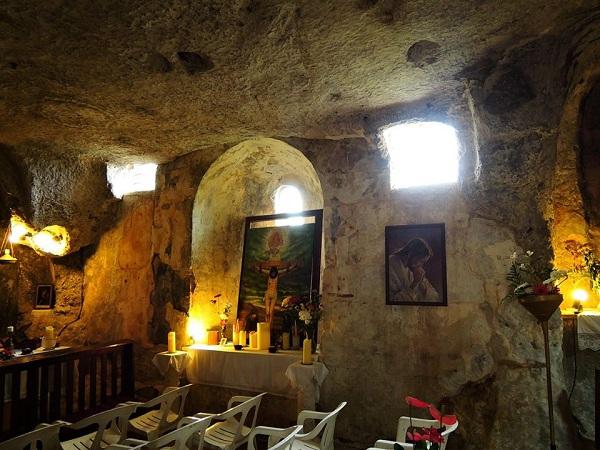 chiesa rupestre Spirito Santo a Monopoli 7