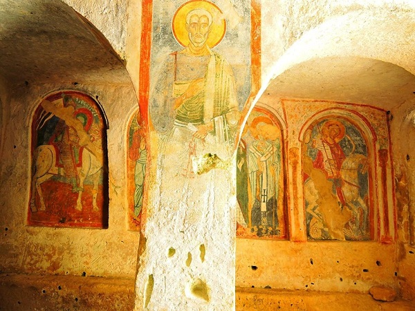 chiesa rupestre di san nicola a mottola 11