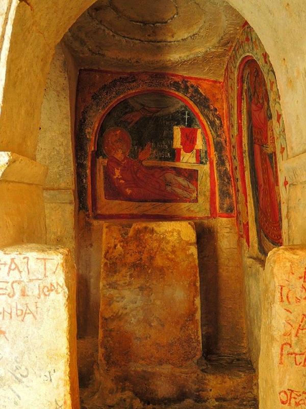 chiesa rupestre di san nicola a mottola 16