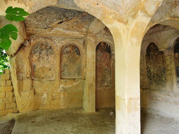 La cripta della Candelora a Massafra