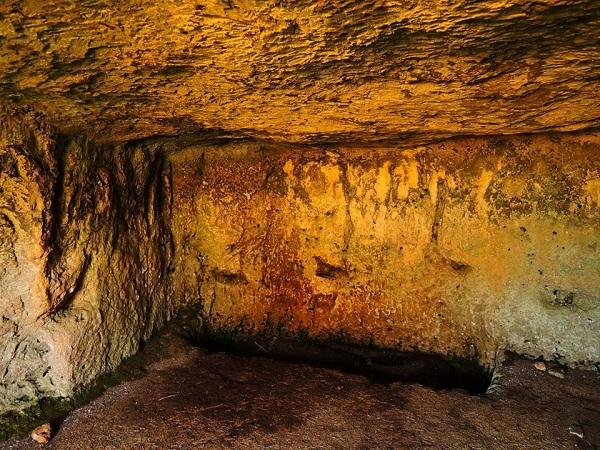 cripta Arcangelo Michele 10