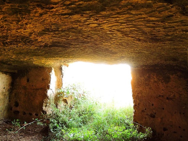 cripta Arcangelo Michele 14