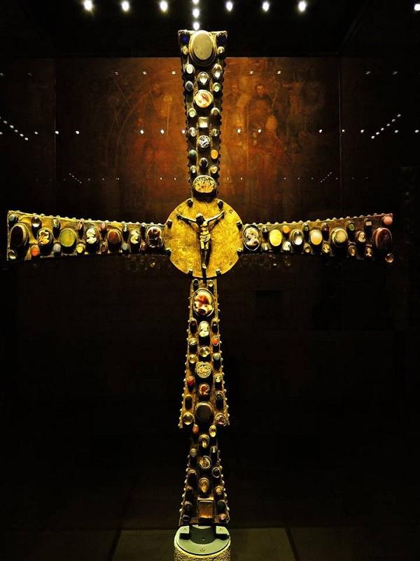 Splendori di Brescia medievale