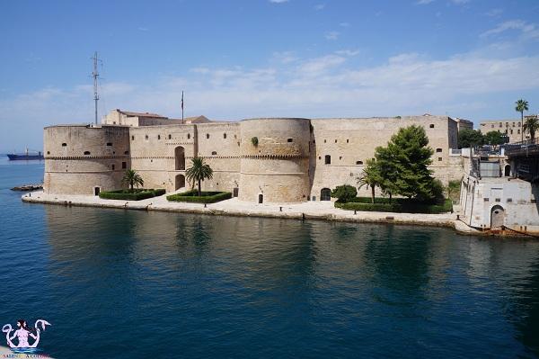 castello di taranto 1
