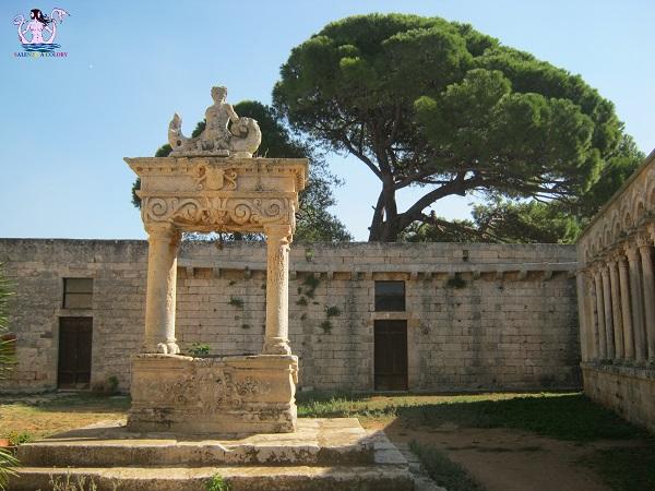 Cerrate la cattedrale fra gli olivi secolari for All origine arredi autentici