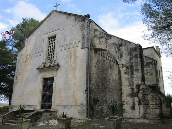 La chiesa di Santa Croce a Minervino