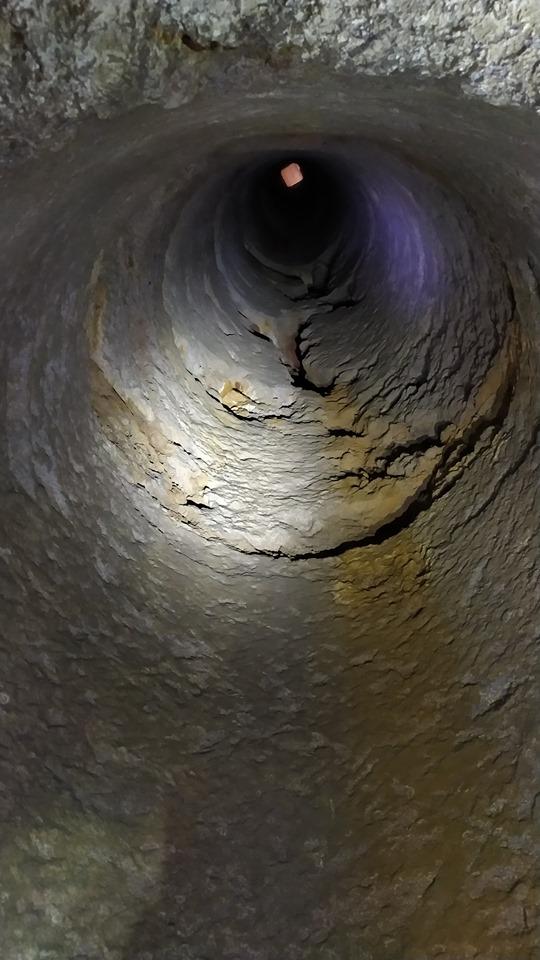acquedotto di Lecce pozzo cozza guardati